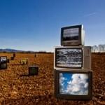Trei mari operatori isi disputa intaietatea pe piata serviciilor TV