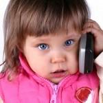 Telefonul mobil are efecte nocive asupra celor mici