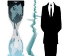 anonymouas-vs-wikileaks