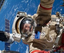 ISS-37_EVA_(d)_Oleg_Kotov